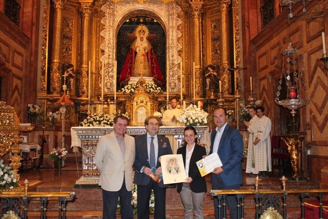 Peregrinación Del Colegio San Miguel Adoratrices De Sevilla Hermandad De La Macarena