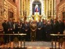 Los cofrades italianos ante la Virgen de la Esperanza